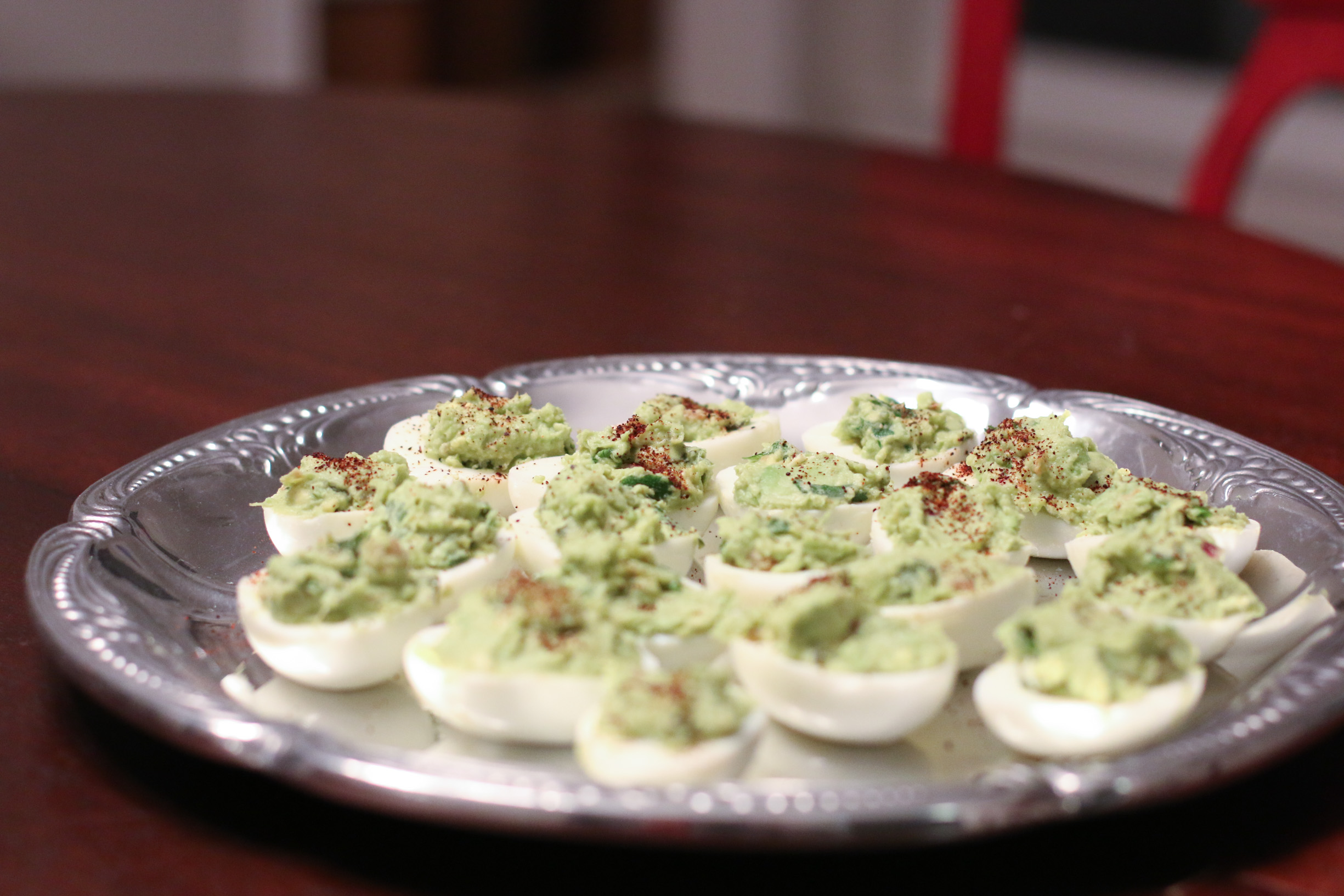 guacamole-deviled-eggs