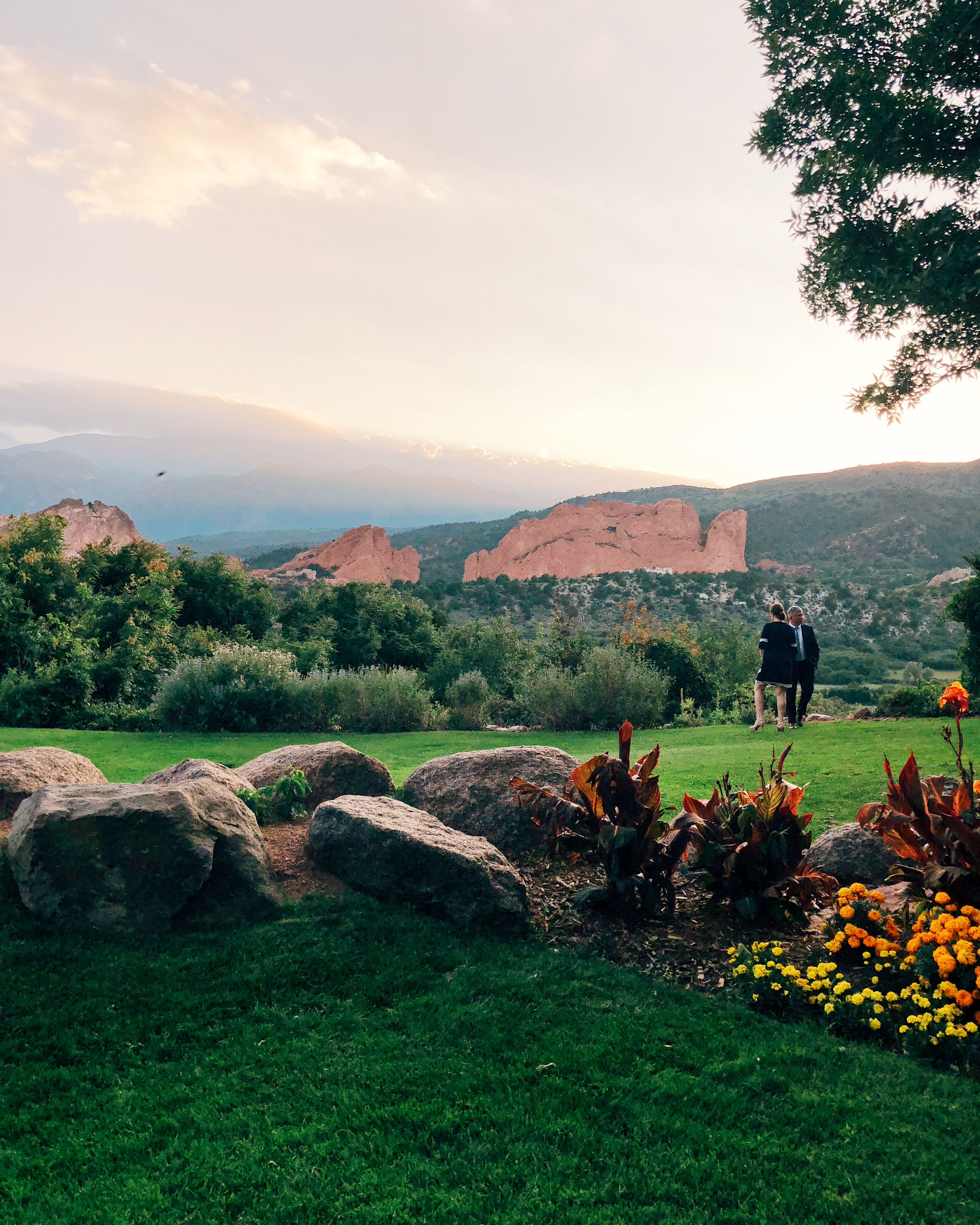 lauren sims garden of the gods resort review