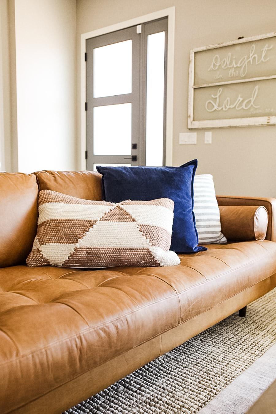 lauren sims modern farmhouse living room