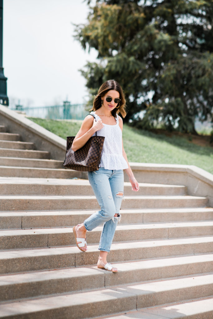 louis vuitton neverfull MM damier ebene carried by fashion blogger lauren kay sims